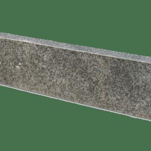 Basalt Rasenkante G684 geflammt